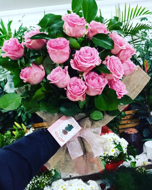 Pembe İthal Güller