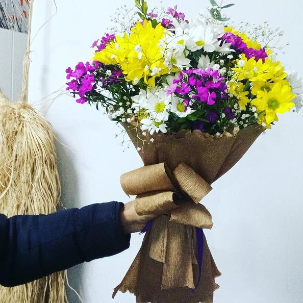 Beykent Anneler Günü çiçek buketi