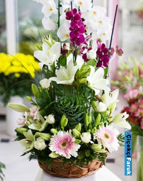 Mor Beyaz 4.Dallı Orkideli Çiçek Sepet Arajmanı