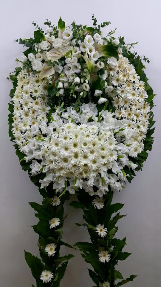 Beyaz Çelenk Çiçek