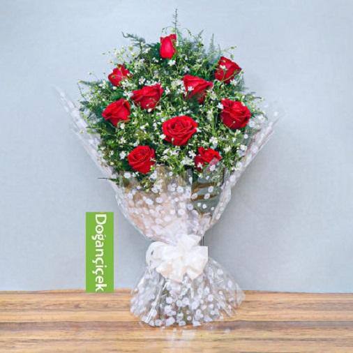 10 Güllü Zarif Çiçek Buketi