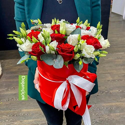 Kutu Güller vip Kutuda çiçek